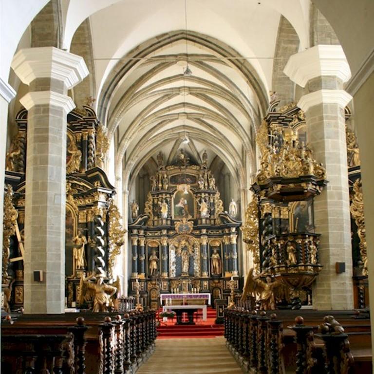 cierny-kostol2-1.jpg