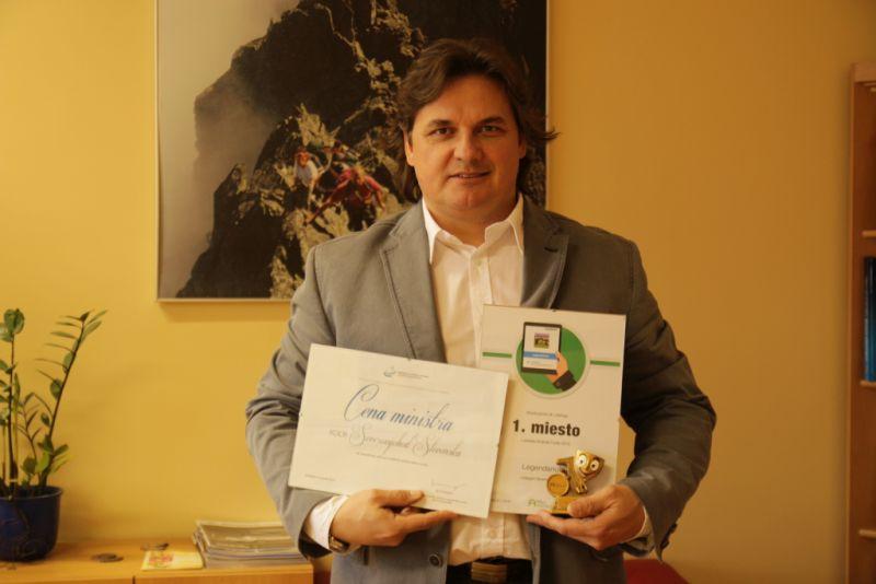 M.-Janosko-a-ocenenia-pre-projekt-LEGENDARIUM.jpg