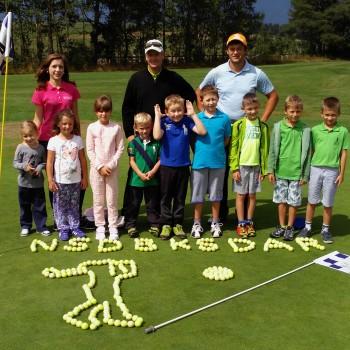 Letná detská golfová škola a kemp v Tatrách s profesionálnym trénerom pre deti od 6 do 16 rokov.