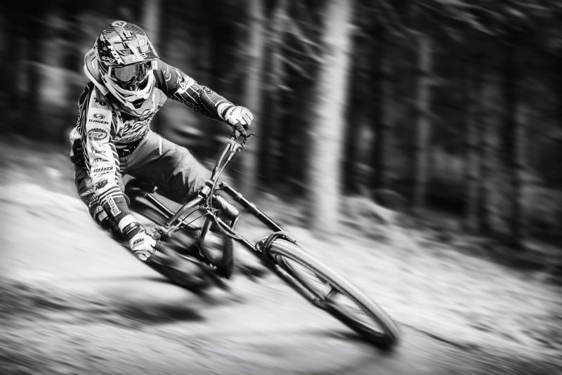 1.-miesto-Sport-Michal-Kravec-Downhill.jpg